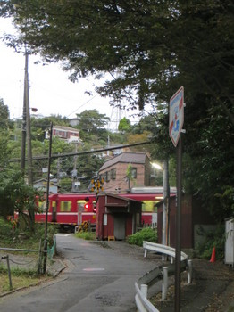 マンション・汐入散歩道 001.JPG